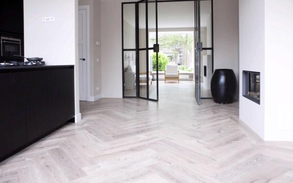eiken-lamelparket-rotterdam-herringbone floors