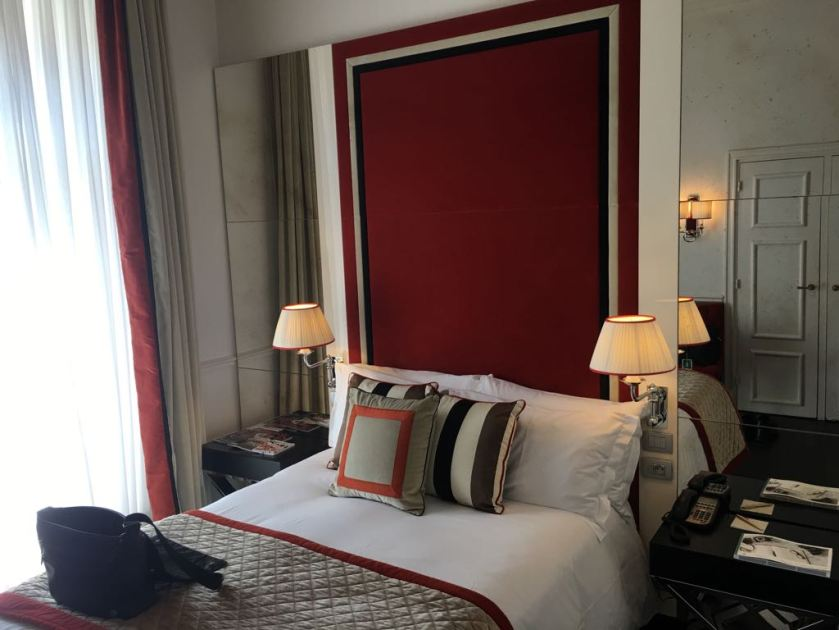 Hotel Castille Paris Room