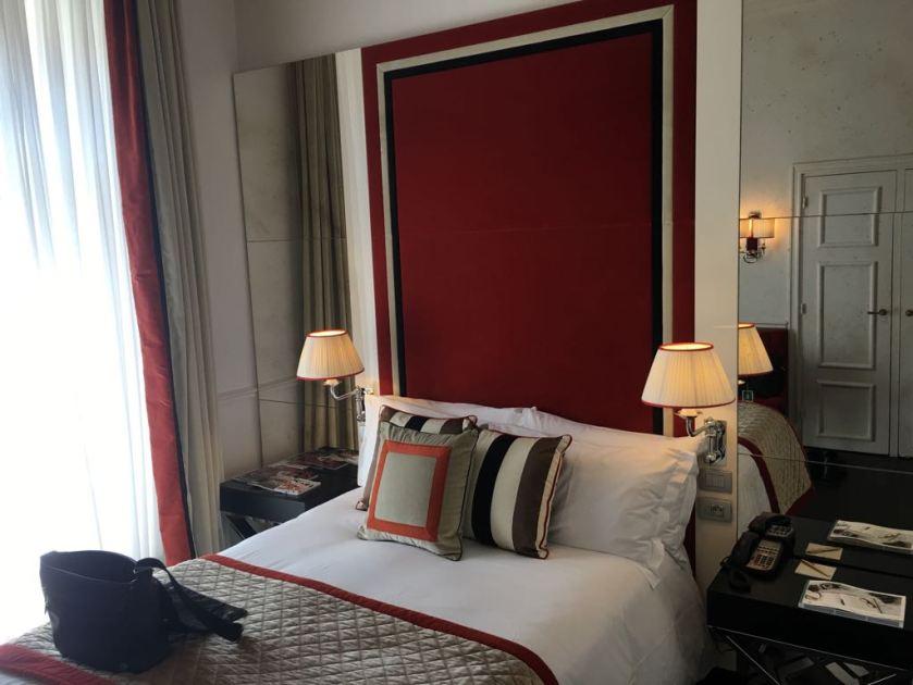 Hotel Castille Paris Room